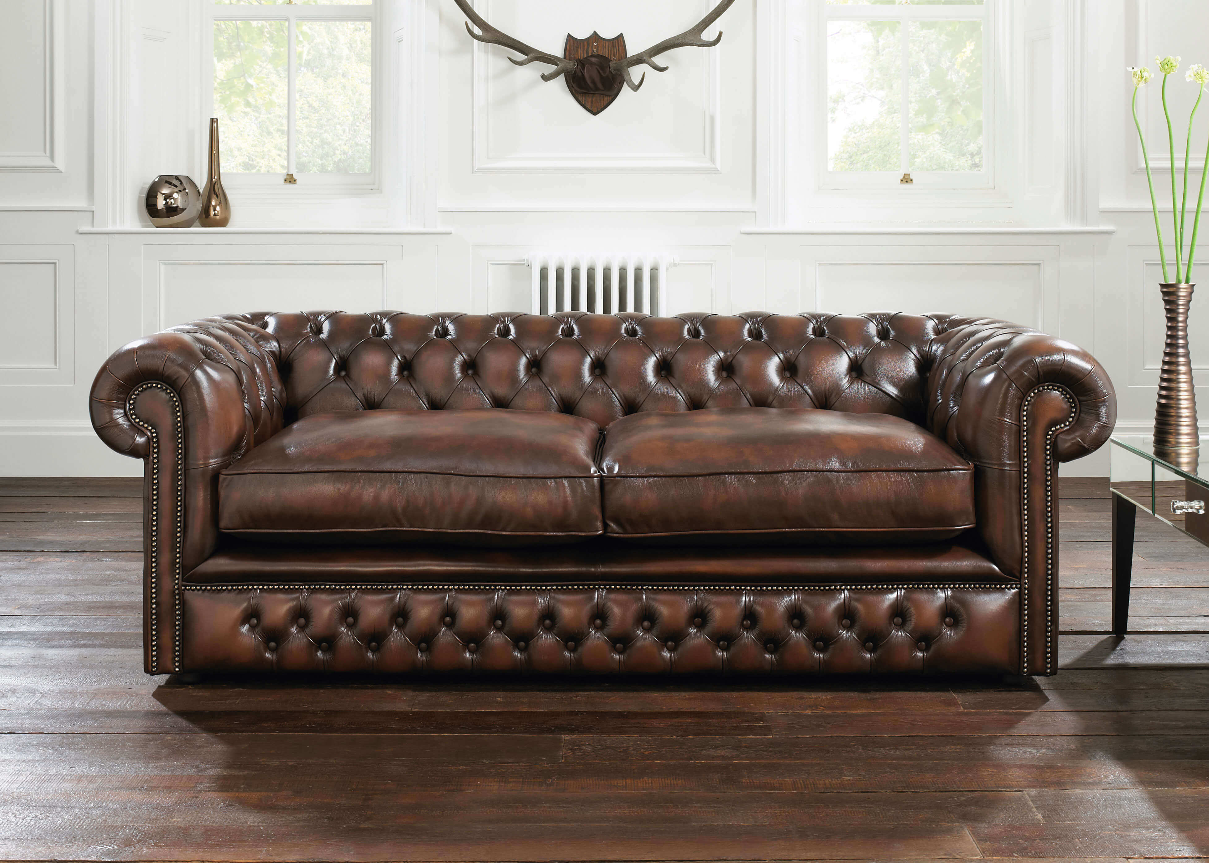 Darker Colour Leather Sofas Are Easier To Remove Or Disguise Stains. A  Vintage Truffle Coloured Chesterfield Sofa Will Be More Forgiving To Stains.