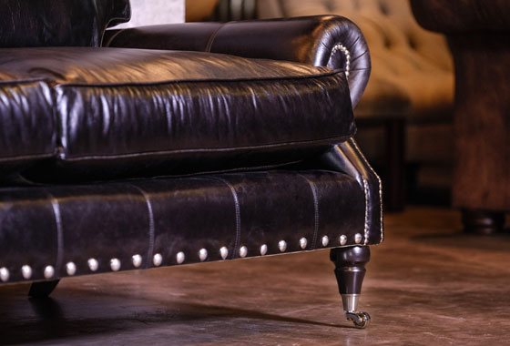 What to look for when buying a high quality leather sofa