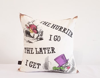 Alice in Wonderland - The hurrier I go the later i get