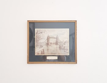 Vintage Tower Bridge Frame